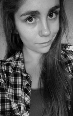 selfie me girl b brounette